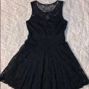 Medium Eclipse lace dress